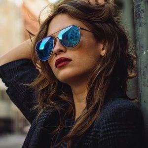 Diff Dash matte black + blue mirror polarized lens